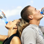 Discover 14 tips on how to lose weight with water now to get your dream body once and for all!