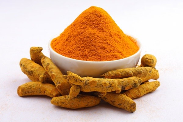 mix turmeric with warm water