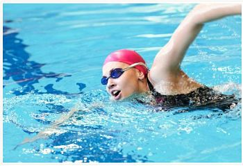 health benefits of swimming pools