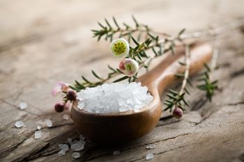 take a bath with epsom salts