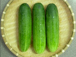 benefits of cucumbers on skin