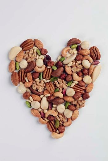 health benefits of nuts and seeds book for heart