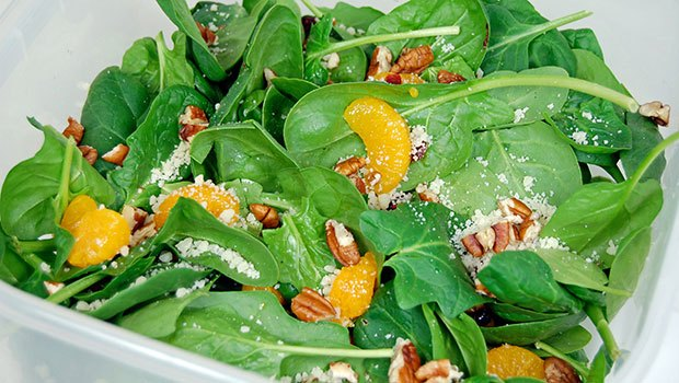 Quick Parsley – Spinach Salad