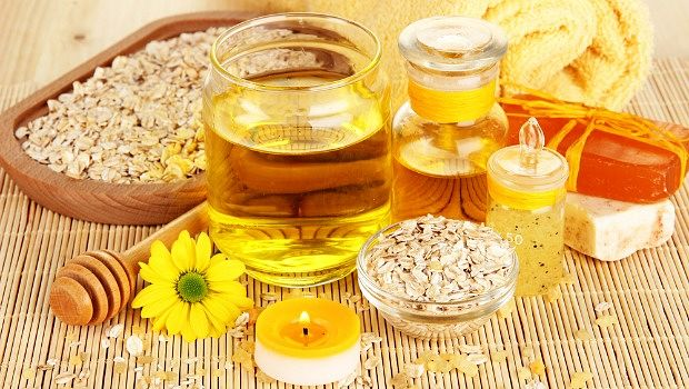 Olive oil, honey and uncooked oat scrub for dry facial skin download