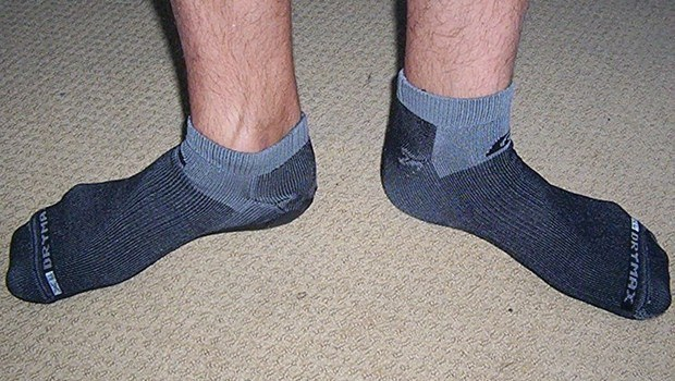choose & wear the right socks