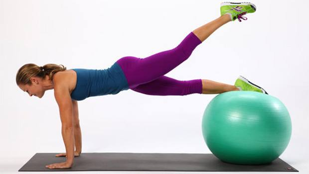 Plank On The Ball - Fat-Burning Ab Exercises