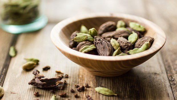 foods for erection-cardamom