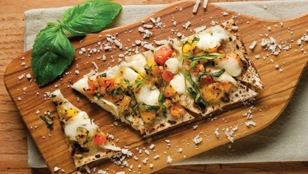 white pizza with tomato and basil download