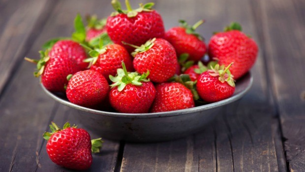 strawberries can help ease a sore stomach