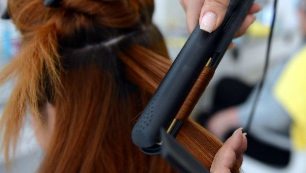 use straighteners on wet or damp hair download