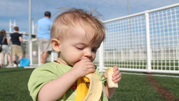 home remedies for teething babies - banana