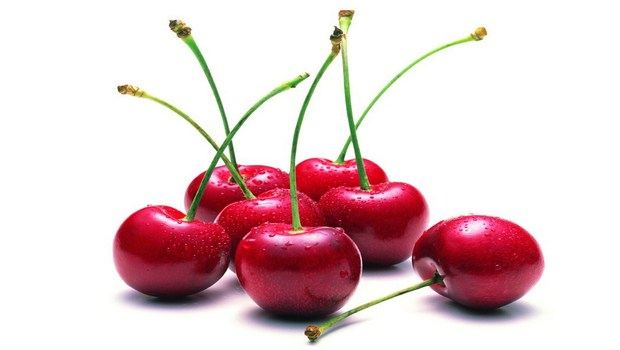 foods for muscle recovery-cherries