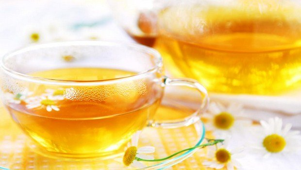 home remedies for foot blisters-chamomile tea