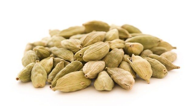 home remedies for gas pain-cardamom
