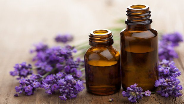 home remedies for restless leg syndrome-lavender oil