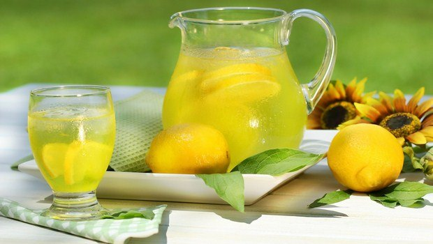 how to cure stomach flu-lemon juice