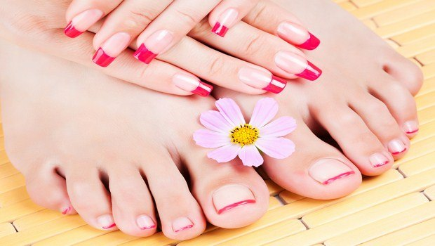 how to heal cracked skin-take care of feet and hand skin