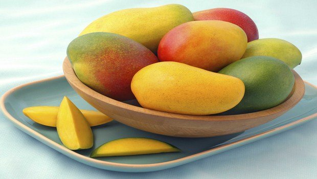 vitamin c rich foods-mangoes
