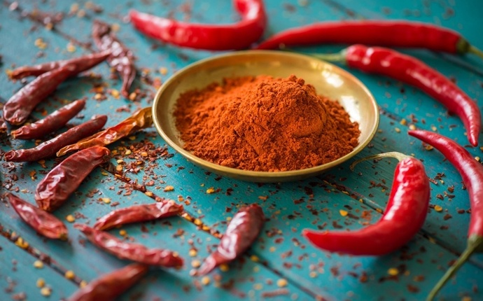 how to get rid of phlegm in throat - cayenne pepper