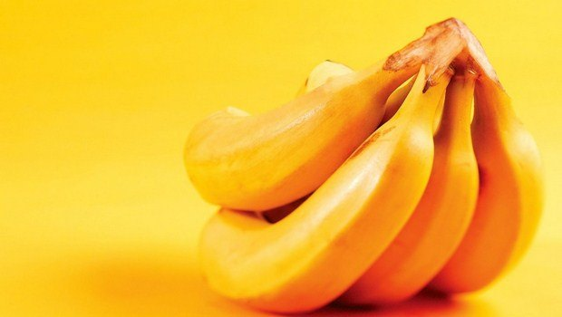 foods that reduce bloating-bananas