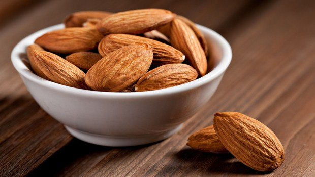 home remedies for dark elbows-almond