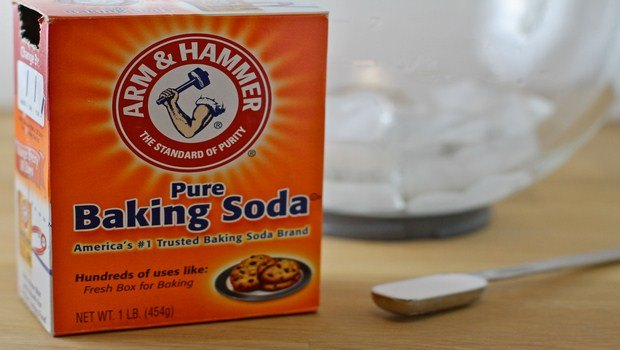 home remedies for dark elbows-baking soda