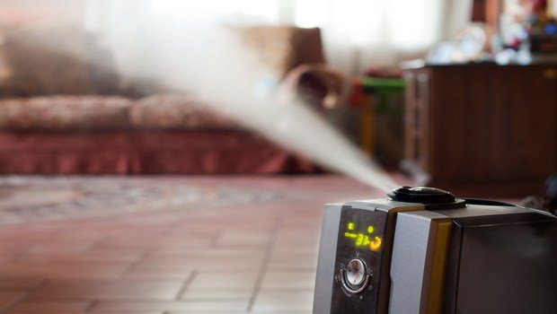 how to cure bronchitis-use humidifier in your room