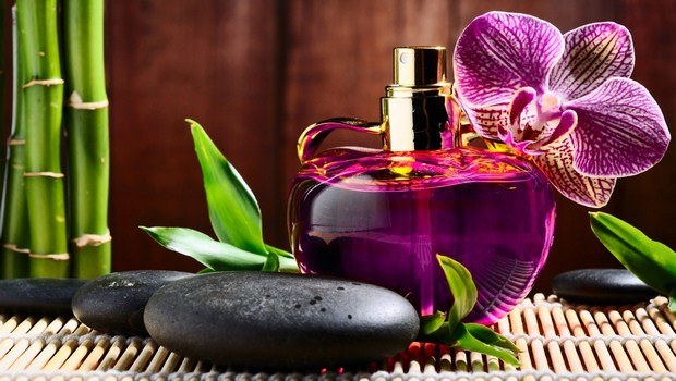 how to make perfume-homemade perfume with your favorite odor