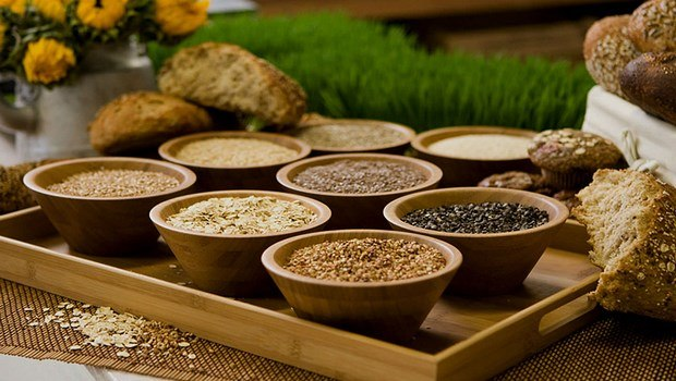 foods to improve memory-whole grain