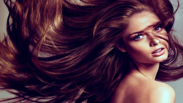 hemp seed oil for hair-strengthening the hair