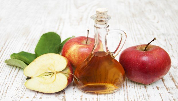 home remedies for age spots-apple cider vinegar