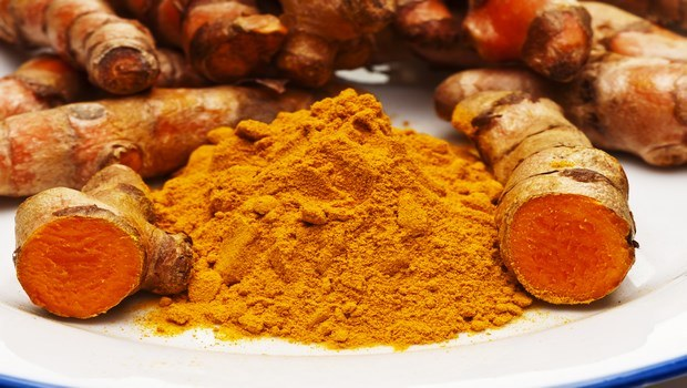home remedies for burning feet-turmeric
