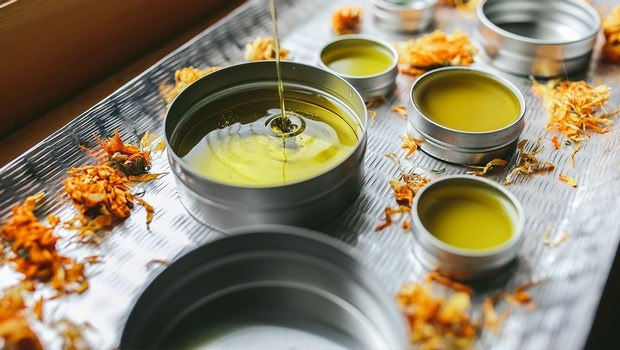 how to get rid of chicken pox scars-calendula salve