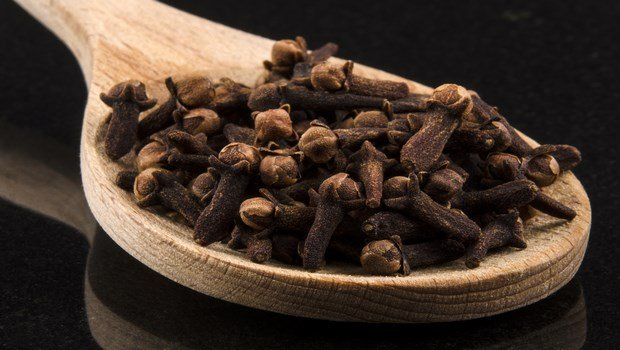 how to stop a toothache-cloves