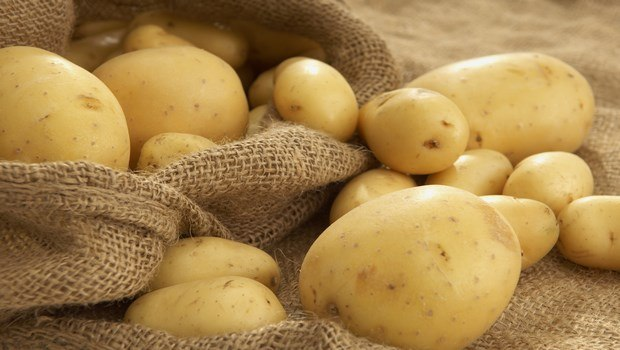 soothing potato as anti-tan mask