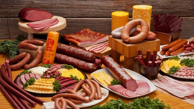 foods that cause high blood pressure-deli meat