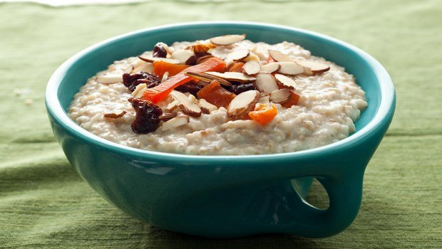 foods to reduce high blood pressure-oatmeal