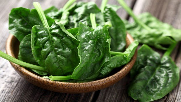 foods to reduce high blood pressure-spinach