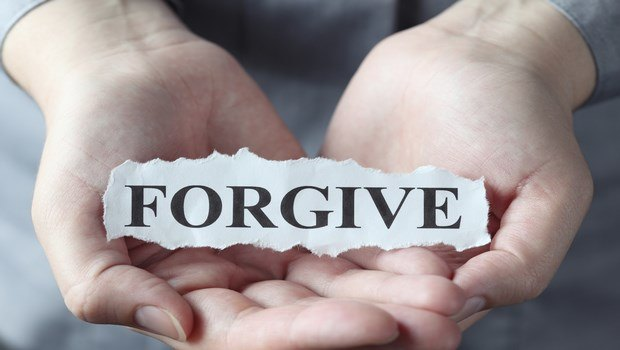 how to have a healthy relationship-practice forgiveness