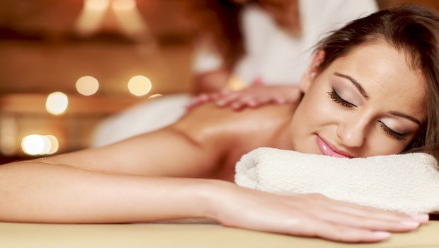 how to relax during pregnancy-going for spa treatments