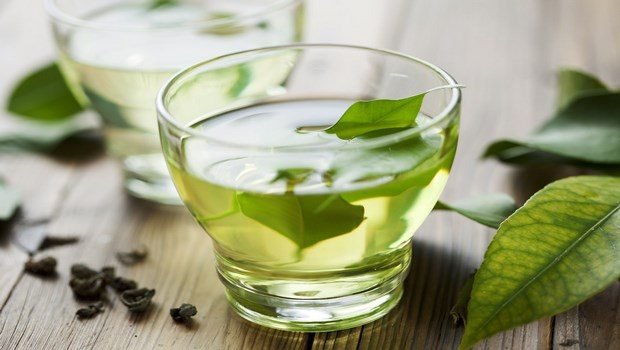 how to take care of sensitive skin-green tea