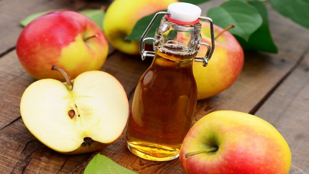 how to treat ear infection-apple cider vinegar