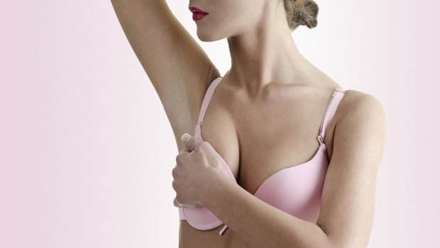 signs and symptoms of breast cancer-a change in nipple appearance