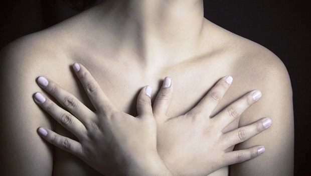 signs and symptoms of breast cancer-itchy breasts
