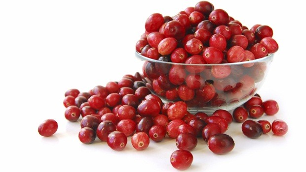 foods for healthy teeth - cranberries