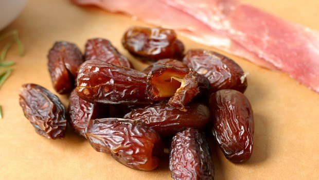 foods to increase blood platelets-dates