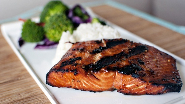high protein low carb recipes - grilled salmon