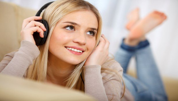 how to combat anxiety-listen to music