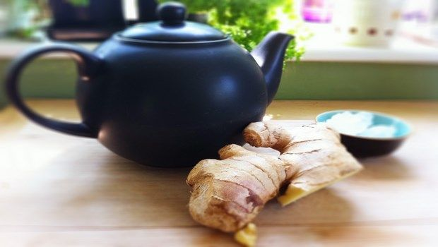 how to treat abdominal pain-ginger root tea