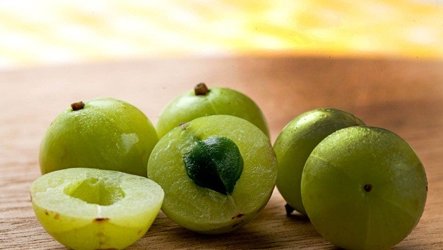 home remedies for weakness - indian gooseberry